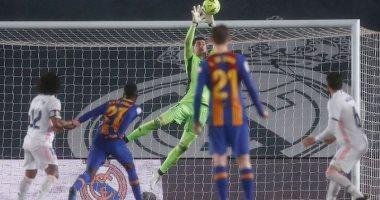"""حارس ريال مدريد: """"تركنا كل شيء من أجل حصد نقاط الكلاسيكو"""""""