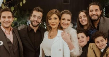 شقيق أصالة يكشف عن صور عائلية جديدة من خطوبة شام الذهبي