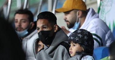 بدر بانون وحميد أحداد يدعمان الرجاء المغربى فى مواجهة بيراميدز.. صور