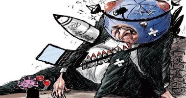 السعودية نيوز |                                              الأرض فى معركة طاحنة مع فيروس كورونا فى كاريكاتير سعودى
