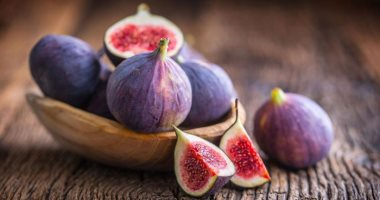 If you are on a diet, forbidden fruits to lose weight safely, most notably mango and plum