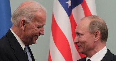 """بشعار """"عادت الولايات المتحدة"""".. بايدن ينتقد بريطانيا وروسيا فى أولى جولاته الخارجية.. الرئيس الأمريكى يحذر جونسون فى اللقاء الأول من تعريض سلام أيرلندا للخطر.. ويؤكد: سأخبر بوتين بما أريده أن يعرفه"""