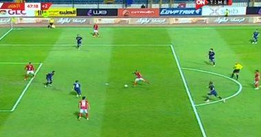الأهلي يتقدم على النصر بقدم الحاوي بالشوط الأول فى مباراة من طرف واحد