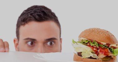 دراسة بريطانية تكشف: الجوع المستمر يدل على الإصابة بمرض ما.. اعرف التفاصيل