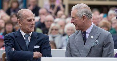 الأمير تشارلز يكشف عن فيديو يحمل لحظات مؤثرة لوالده الراحل الأمير فيليب