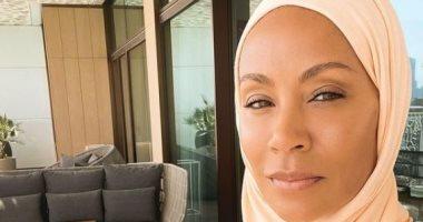 زوجة ويل سميث تفاجئ المتابعين بنشر صورها بالحجاب وتقترب من مليون إعجاب