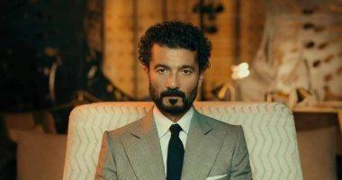 تعافى خالد النبوى من كورونا.. وزوجته: الحمد لله خرج من المستشفى