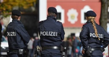 وزير داخلية النمسا يعلن القبض على 12 شخصا بأعمال عنف فى احتفالات عيد العمال