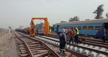 وزير النقل ومحافظ القليوبية يتابعان إحلال وتجديد قضبان موقع حادث قطار طوخ