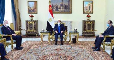 الرئيس السيسى يؤكد أهمية العمل لاستئناف المفاوضات بين الفلسطينيين والإسرائيليين