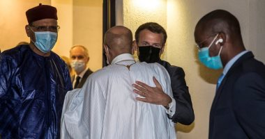 ماكرون وعدد من زعماء العالم يشاركون فى جنازة رئيس تشاد