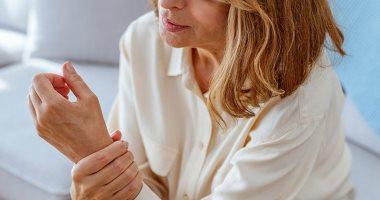 تعرف على أعراض التهاب المفاصل الروماتويدى وتأثيراته على النساء