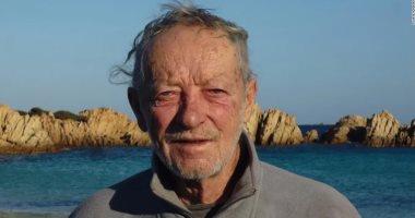 """عرف بـ""""روبنسون كروزو"""".. إيطالى يودع جزيرة عاش عليها وحيدا لمدة 32 عاما.. اعرف حكايته"""