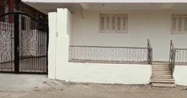 لافتات الترحيب تنتظر أشرف السعد أمام منزله بمسقط رأسه بقرية ميت غريطة.. لايف