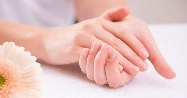 وصفات طبيعية لتفتيح اليدين فى الصيف.. مكونات موجودة فى بيتك