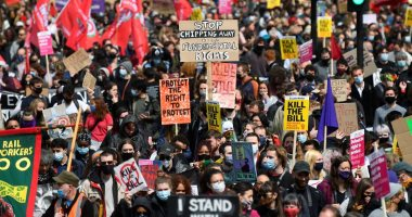 مظاهرات ضد الحكومة فى لندن بسبب الشرطة