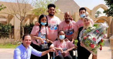 الأمريكية المصابة بالسرطان جلوريا فيتال: سعيدة بتحقيق حلمى ووجودى في مصر مهد الحضارة