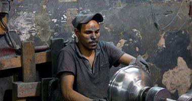 أوانى الطعام .. صناعة الألومنيوم بأياد مصرية ماهرة.. ألبوم صور