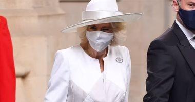 كاميلا دوقة كورنوال أنيقة فى آخر ظهور لها بإطلالة كاملة باللون الأبيض.. صور