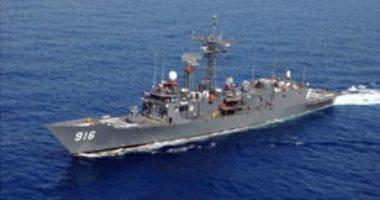 القوات البحرية المصرية والأمريكية تنفذان تدريبًا بحريًا عابرًا بنطاق البحر الأحمر