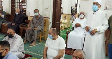 شاهد تطبيق المصلين الإجراءات الاحترازية فى صلاة العيد بالشرقية