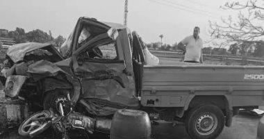 مصرع شخصين وإصابة 8 آخرين فى تصادم سيارة نقل ودراجات نارية بالشرقية