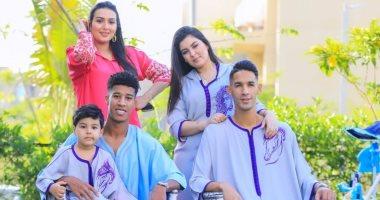 """بدر بانون وحميد أحداد وأسرتاهما يحتفلان بعيد الفطر بـ""""جلابية مغربى"""".. صور"""