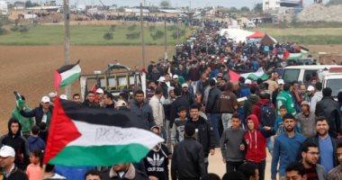 أردنيون يحتشدون قرب الحدود مع فلسطين لليوم الثانى نصرة للقدس.. فيديو