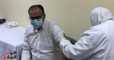 الحكومة: تطعيم عاملي المجمعات الصناعية وأصحاب المعاشات بلقاح كورونا فى يونيو