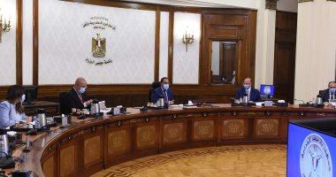 رئيس الوزراء يُكلف بإزالة باقى المناطق العشوائية بالقاهرة وسرعة تسكين الأهالى