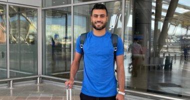 حسام حسن ينشر صورا من مطار القاهرة استعدادا للسفر لليبيا للانضمام لأهلى طرابلس