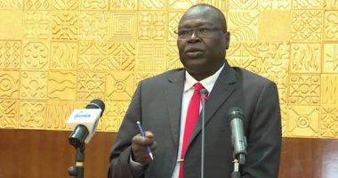 السودان يعلق الدراسة لمدة شهر ويوقف الصلوات والشعائر لاحتواء كورونا