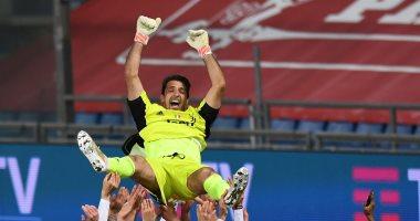 بوفون: أحلم باللعب فى كأس العالم 2022 بقطر