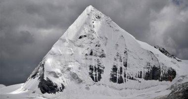 الثلج فى الصيف سياحة التبت تبهر العالم بتضاريس جبل سابو الجليدى