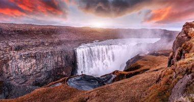 كل حاجة وعكسها.. جمال الشلالات والبراكين ورقص الحيتان فى أيسلندا..ألبوم صور