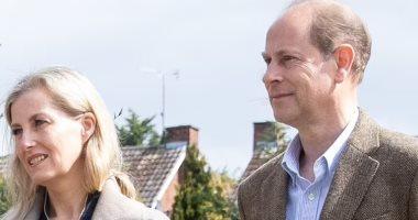 الأمير إدوارد وزوجته يسخران من مقابلة هارى وميجان مع أوبرا.. التفاصيل