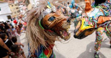 الرقص فى محاربة الوباء.. كرنفال فنزويلا لطرد شبح كورونا..ألبوم صور