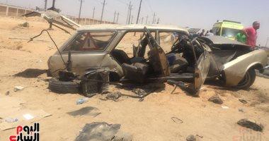 صورة إصابة 4 أشخاص فى حادث انقلاب سيارة ملاكى بقنا