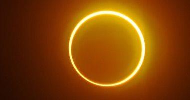 حلقة النار.. أول كسوف جزئي للشمس في عام 2021.. ألبوم صور