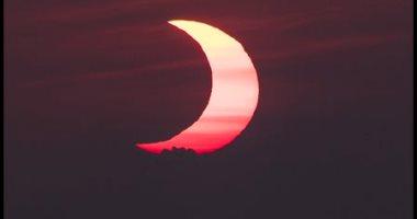 كسوف الشمس من العاصمة الأمريكية واشنطن.. صور