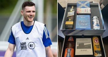 يورو 2020 .. هدية خاصة من روبرتسون لزملائه فى منتخب أسكتلندا