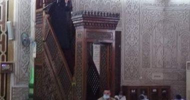 وزير الأوقاف يؤدى صلاة الجمعة بمسجد أبو العباس فى الإسكندرية.. صور