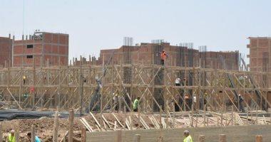 محافظ سوهاج يتابع موقف تنفيذ المشروع القومي للتطوير العمراني لعواصم المحافظات