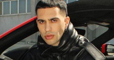 المغنى الإيطالى المصرى إليساندرو محمود يصدر أول ألبوم بعد جائزة أفضل مطرب