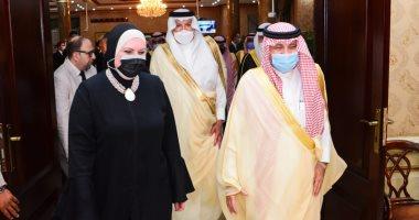 السعودية نيوز |                                              وزيرة التجارة والصناعة تستقبل نظيرها السعودي بمطار القاهرة