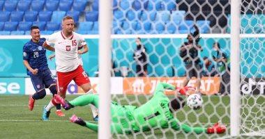 """شاهد.. 10 أهداف عكسية تنافس على لقب """"الهداف الوهمى"""" في يورو 2020"""