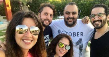 شيكو مع منى زكى وحلمى وهشام ماجد فى رسالة لـ ياسمين عبد العزيز: سلامتك يا ياسو