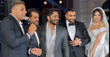 تامر حسنى مع محمد نور وسامو زين فى فرح هاجر أحمد: الحبايب كلهم.. صور