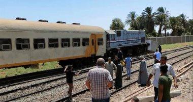 تصادم قطار ركاب بالصدادات الخرسانية نهاية رصيف محطة نجع حمادى