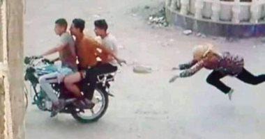 صورة إصابة فتاة بعد سحلها فى محاولة لصوص سرقة حقيبة يدها بالشرقية.. صور